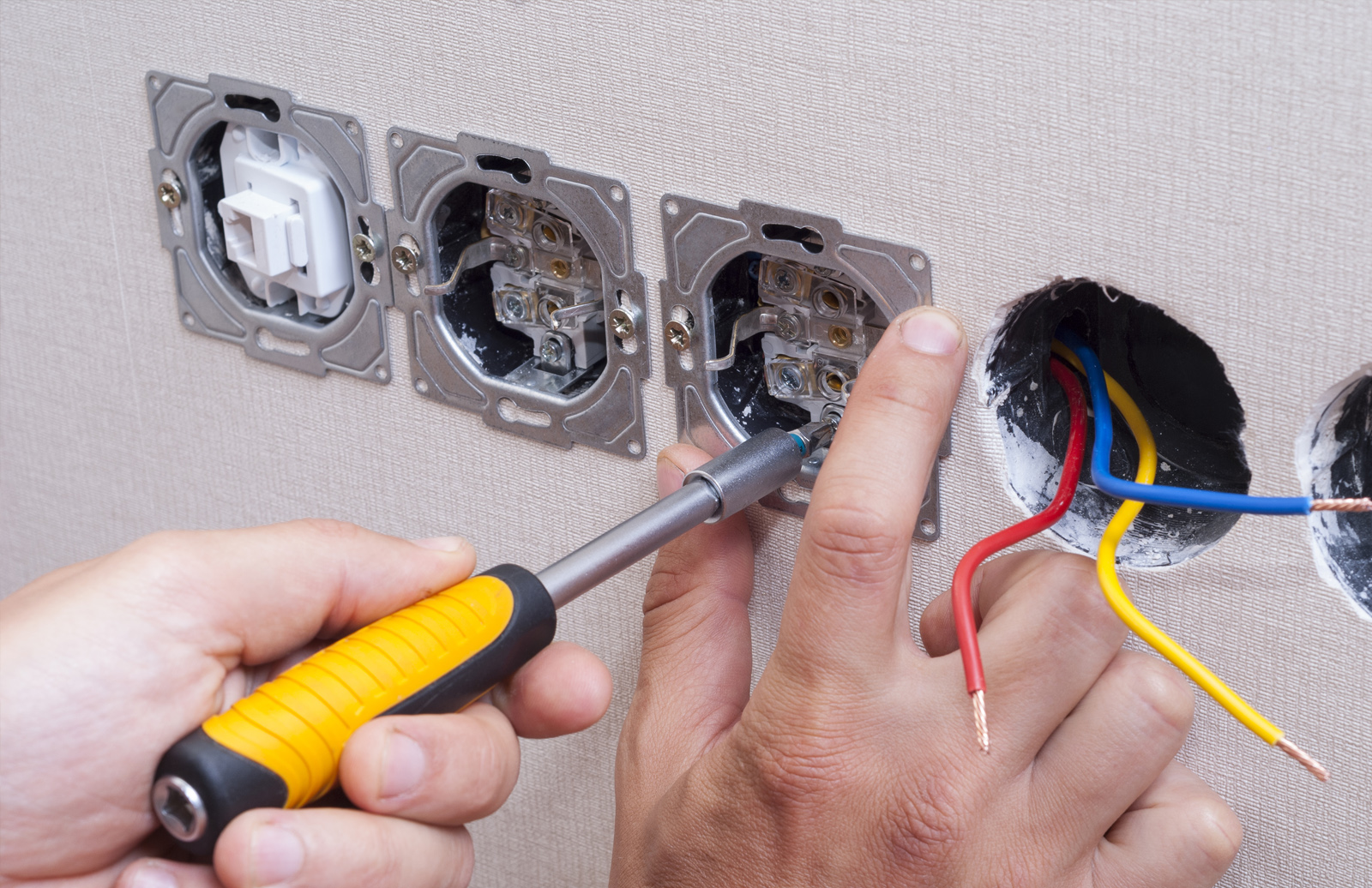 Darrell\'s Electric, Co. – Honest and reliable electrical service!